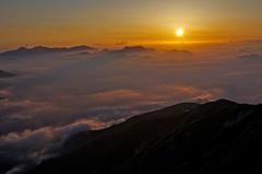 A red-hot sea (Yoshia-Y) Tags: cloud fog sunrise day mtkaramatsu