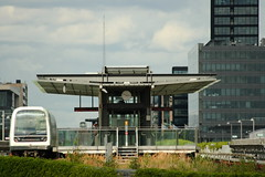 Metro (Morten Bjerg) Tags: speed train metro zug tog ef70300mmf4056isusm canondigitalrebelxti mortenbjerg