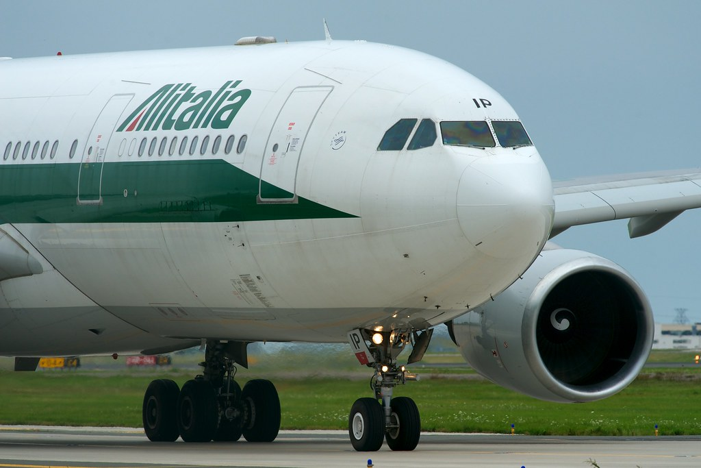 Alitalia A330-200 EI-DIP by BriYYZ, on Flickr