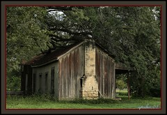 Abandoned in Texas (the Gallopping Geezer 3.8 million + views....) Tags: building abandoned canon closed texas decay structure faded vacant worn derelict 2009 deserted decayed geezer tonemap locationunkown