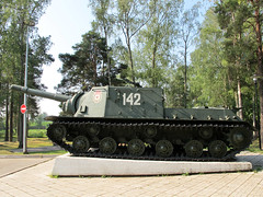 "ISU-152 (4) • <a style=""font-size:0.8em;"" href=""http://www.flickr.com/photos/81723459@N04/9705222003/"" target=""_blank"">View on Flickr</a>"