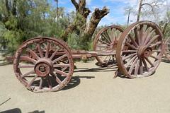 carro ruedas Museo del Borax Rancho Furnace Creek Valle de la Muerte EEUU 30 (Rafael Gomez - http://micamara.es) Tags: carro ruedas museo minas de sal furnace creek death valley usa del borax valle la muerte rancho eeuu museum exterior mineria boro