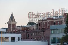San Francisco (Edi Bhler) Tags: sanfrancisco california structure bauwerk dach leuchtreklame vereinigtestaaten nikond3 150500mmf563 structuredetail bauwerkdetail