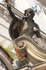 008857 - Praga (M.Peinado) Tags: flores canon praha praga escultura chequia česko českárepublika 2013 ccby čr canoneos60d repúblicachecha 05092013 septiembrede2013