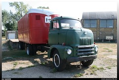International S-180 (uslovig) Tags: auto old usa museum truck box alt steel cab over engine auburn s company 180 international lorry camion national trailer coe harvester lastwagen ihc lkw laster fruehauf natmus