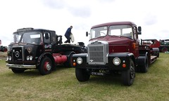 Scammell Highwayman & Atkinson MK1 Silver Knight (Ben Matthews1992) Tags: classic truck vintage silver transport gloucestershire lorry knight heavy extravaganza scammell haulage atkinson mk1 lowloader highwayman tractorunit classiccommercial gloucestershiresteamextravaganza