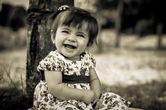 Maria Fernanda (Mateus Andr) Tags: baby smile nikon child arte retrato amor famlia kind beb bonita irmo beb sorriso criana menina me gois catalo d5000