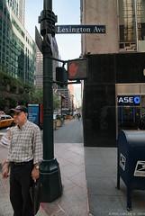 Lexington (@photobjorn) Tags: street usa ny newyork manhattan wide cityscapes d200 urbanscapes tokina12244 apsc
