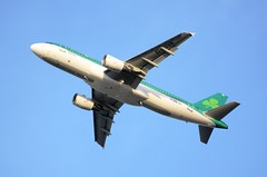 Aer Lingus Airbus A320-214 EI-DVN (Mark 1991) Tags: london heathrow airbus aerlingus lhr heathrowairport a320 londonheathrow eidvn