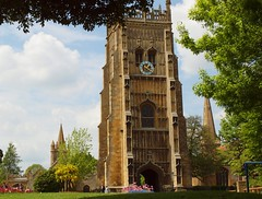 Evesham: Abbey bell tower & church steeples (green voyage (mostly away from computer, for a whi) Tags: england spring afternoon britain towers 19thcentury victorian may churches medieval worcestershire framing towns perpendicular midlands mediaeval 16thcentury anglosaxon allsaintschurch belltowers evesham 12thcentury monasteries 11thcentury oldtowns abbeys stonebuildings 8thcentury disusedchurches churchesconservationtrust parishchurches stlawrenceschurch markettowns anglonorman westernmidlands eveshamabbey limestonebuildings historiccentres