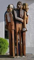 ZEIT - TIME (eduard43) Tags: skulptur stephanschmidlin schmirinski holzbildhauer woodsculptor glattfelden schweiz switzerland riverside 2017 holz wood