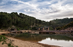 _DSC2560 - ver 2 (jsanchezq65) Tags: river bridge rio odiel huelva agua waterreflection clouds skay lanscape reflection reflejos