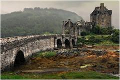 Scotland. Eilean Donan Castle. (leonhucorne) Tags: ecosse scotland grandebretagne greatbritain europe europa castle chateau travel paysage voyage tourisme nikon d750 fullframe colors couleurs