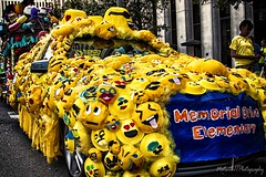 M&M Car IMG_5628-1 (matwith1Tphotography) Tags: matwith1t canon eos70d 70d 24105mm colorful outdoors artcarparade mmcar yellow