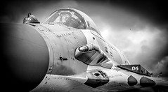 MAKC 2013 (Dave GRR) Tags: makc air show plane fighter jet black white bw moscow canon 40d 1755