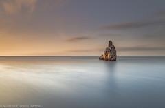 QUE PLENITUD DE SOLEDAD....SOLO EN EL MAR... (VICENTE PLANELLS RAMON) Tags: capbernatbenirras salida express con los tambores en la playa