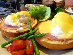 Easter Breakfast @ Paul (cddevera) Tags: eggs benedict breakfast easter sunday food paul patisserie boulangerie french brioche morning bonifacio global city