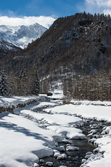 Un altro week-end di polvere-60 ( YariGhidone ) Tags: rosso neve snow winter van life camper vanlife mountains mountain landscape paradise ski prali sestriere sport action freeride freeski cold ice
