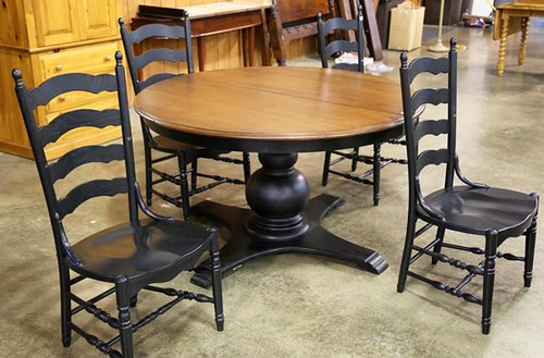 Modern Black Base Dining Table and 4 Chairs ($235.20)