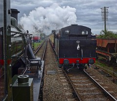 Great Central Railway Quorn Leicestershire 12th April 2017 (loose_grip_99) Tags: greatcentral railway railroad rail leicestershire england uk eastmidlands train steam engine locomotive lms ivatt 2mt 260 46521 gassteam uksteam gcr trains railways preservation transportation fowler 3f jinty jocko 060t 47406 tank quorn april 2017