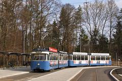 Schleifenfahrt für P-Zug 2005/3004 an der Großhesseloher Brücke (Bild: Arno Schwab) (Frederik Buchleitner) Tags: 2005 3004 linie15 munich münchen pwagen strasenbahn streetcar tram trambahn