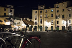 Lucca (Norlews) Tags: lucca nightshot toscana nuit piazze places