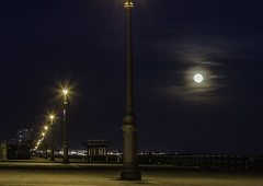 Lighting up the sky (sussexscorpio) Tags: moon moonlight sky nightsky lights light dusk promenade hove brightonandhove street lamps starburst sussex eastsussex canon canon80d night twinkling stars seafront seaside landscape nightscape uk streetlamps longexposure le moonlit europe cloud coast prom lighting