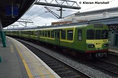 8129+8126+8124 at Connolly, 29/4/17 (hurricanemk1c) Tags: 1130greystonesconnolly dublin connolly railways railway train trains irish rail irishrail iarnród éireann iarnródéireann 2017 class8100 dart lhb siemens 8129