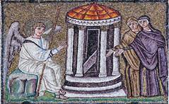 Easter Sunday III - The Women at the Empty Tomb (Lawrence OP) Tags: biblical resurrection emptytomb angel women mosaic ravenna santapollinarenuovo easter
