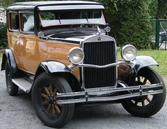 Essex Super Six (Legends of wheels) Tags: essex essexsupersix supersix oldtimer fahrzeug viejo auto car coche youngtimer voitureancienne veteranbåt kühlerfigur refroidisseurpersonnage chillfigure