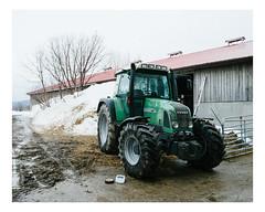 hébertville (Mériol Lehmann) Tags: vscofilm landscape winter tractor canada snow farm rural barn fendt topographies