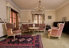 villa be (Captured Entropy) Tags: lostplace villa luxus urbex decay abandoned derelict livingroom furniture