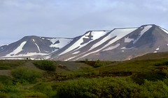 Snow Covered Mountains in Northern Iceland (Joseph Hollick) Tags: iceland mountain mountainpeaks mountains snowcovered