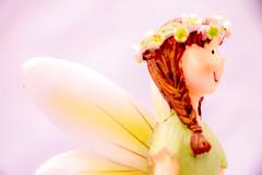 fairy tale (photoggigraphy) Tags: wife frau maid fairy tale tabletop green yellow white grün gelb weiss highkey flower blume hair haar skin haut bluse blouse rock skirt flügel wing brown braun smile lächeln eye auge