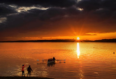 When the boat comes in (Alan10eden) Tags: sunset cobh cork ireland tourism water canoe boat orange glow evening dusk canon 80d sunburst april coast shore alanhopps south row rowers rowing loweraghada pier watersports club athletes sunstar reflections sea waterway