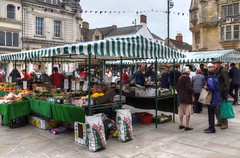 The market, Cirencester, Gloucestershire (Baz Richardson (trying to catch up again!)) Tags: gloucestershire cirencester markettowns markets streetscenes