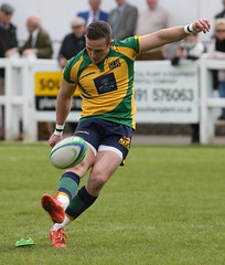 BW0Y2984 (Steve Karpa Photography) Tags: henleyhawks henley rugby rugbyunion game sport competition outdoorsport redruth