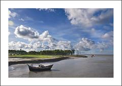 Bangladesh (MUHAMMED SHAIFUL ISLAM) Tags: sky cloud sailboat river landscape fishingboat bangladesh noakhali bhola barisal bangladeshiphotographer nijhumdip dipnath shaifulislam