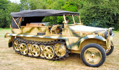 "SdKfz 10 (1) • <a style=""font-size:0.8em;"" href=""http://www.flickr.com/photos/81723459@N04/9341864878/"" target=""_blank"">View on Flickr</a>"