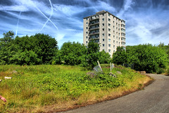 Kersal Way and Spencer House (kersalflats) Tags: park house history way manchester dale flats local lower shelley spencer salford irwell kersal 2013 racecouse 2010s
