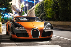 Bugatti Veyron (__martin__) Tags: cars by night nikon spotting exotics supercars carspotting martincarspictures