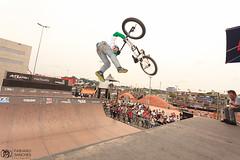 jump festival 2013 (F.sanchesbmx) Tags: street bike brasil canon bmx flat sopaulo sigma dirt mtb 7d 5d rua 580ex flatland dirtjump canon50mm salo bmxer 10mmf28 bmxbrasil bmxbrazil canon7d cactusv4 flatlandbrazil canon5dmkii 5dmkii flatlandbrasil sanchesbmx flashescanon580ex 5018mmcanon70200mmf4lcanon 580exiicanon1740mmf4 fotgrafofabianosanches