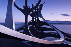 Slfar - Sun Voyager - Reykjavk, Iceland (daitoZen) Tags: city morning travel winter light sea sculpture sun art dawn march boat iceland spring europe magic capital hour voyager reykjavk slfar 2013 sbraut jngunnarrnason imgp8769