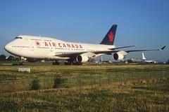 145ao - Air Canada Boeing 747-400 (M); C-GAGL@CDG;11.08.2001 (Aero Icarus) Tags: plane aircraft flugzeug jumbojet avion cdg slidescan aircanada boeing747400 cgagl parischarlesdegaulle