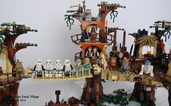 Star Wars Lego 10236 Ewok Village (KatanaZ) Tags: starwars lego stormtroopers princessleia r2d2 lukeskywalker chewbacca c3po hansolo wicket minifigures ewokvillage logray scouttroopers chiefchirpa teebo rebelcommandos vision:outdoor=073 lego10236 ewokwarrior