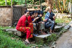 Bukit Lawang Locals 4490 (Ursula in Aus (Resting - Away)) Tags: sumatra indonesia unesco bukitlawang gunungleusernationalpark earthasia