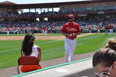 Hooters girl talking to Phillies player (hootervillefan) Tags: from orange sexy philadelphia girl st hooters petersburg phillies shorts sanya