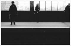 emotionsless. (HansEckart) Tags: blackandwhite bw sw sichten urbanarte people monochrome streetphotografie urban human