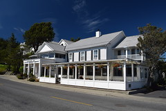Outlook Inn (Worthing Wanderer) Tags: washington usa sunny summer hot sea mountains islands sanjuanislands orcasisland anacortes eastsound
