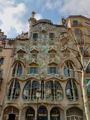 20170312_113933 (ceparent) Tags: barcelona spain march 2017 illadeladiscòrdia gaudi casabatlló